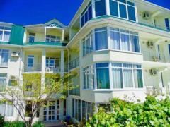 Продам: гостиница в Судаке с видом на море и крепость